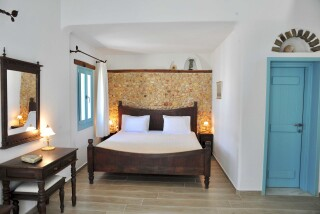 Executive Suite Medusa Resort Naxos bedroom