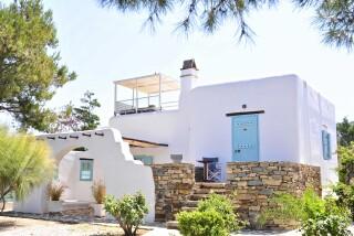 Executive Suite Medusa Resort Naxos building
