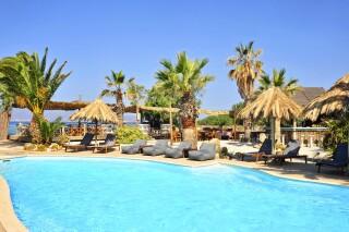 medusa beach resort naxos suites
