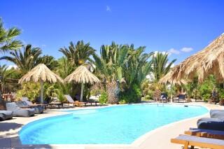 medusa beach resort suites in naxos