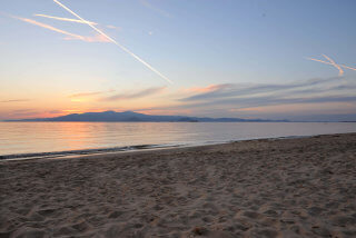 plaka-beach-naxos-4