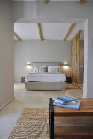sea view suite medusa beach resort naxos bed